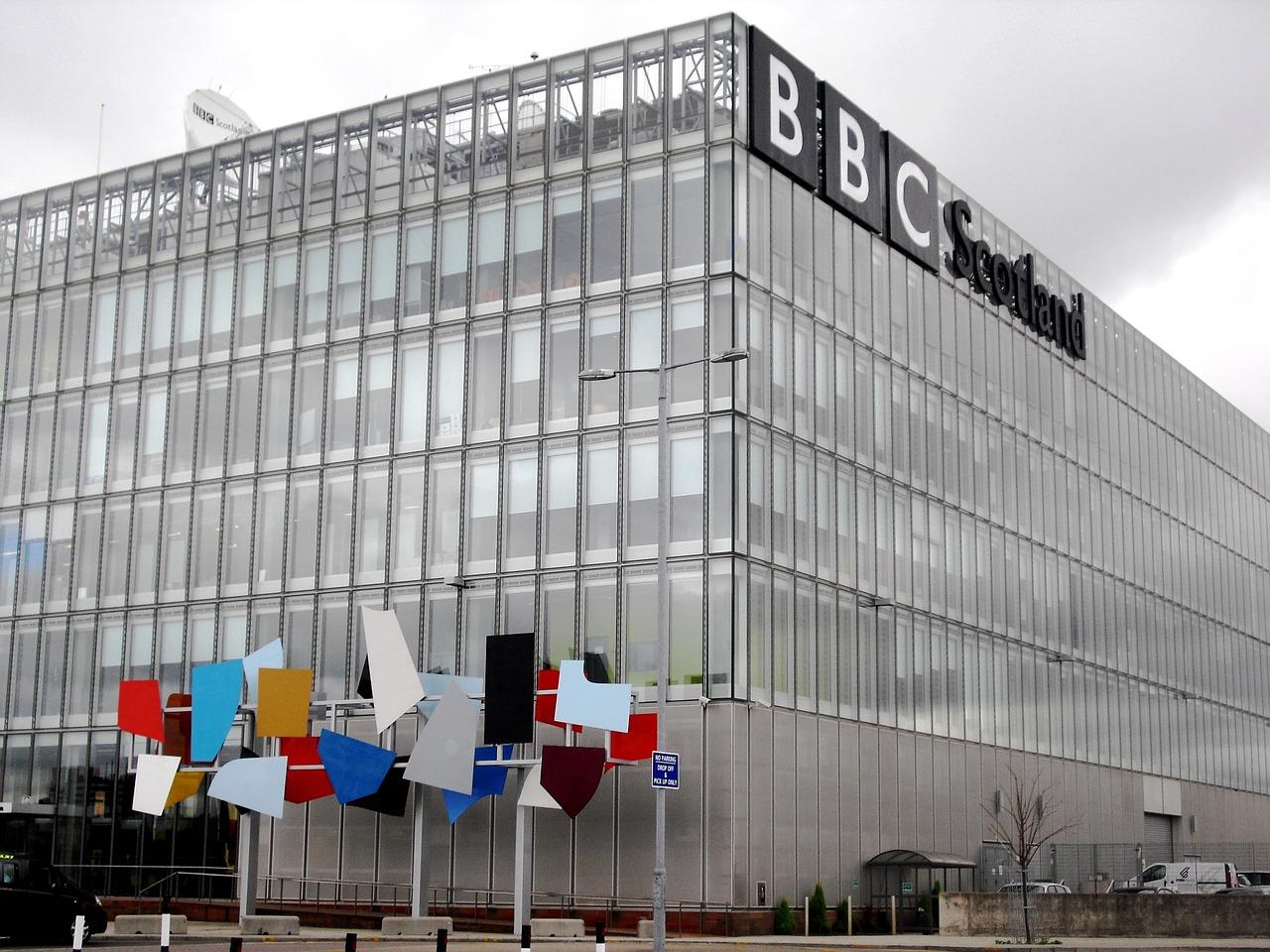 bbc-960987_1280